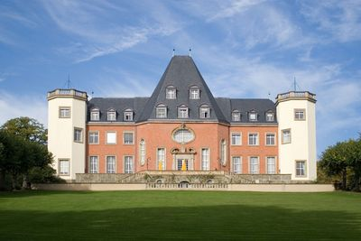 Fraunhofer-Institutszentrum Schloss Birlinghoven IZB